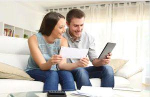 Stromanbieter, Telefon und Internetanbieter prüfen
